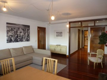 Foto 3 de Bonito piso en lugar privilegiado frente a la Perla