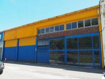 Foto 2 de Nave industrial con excelentes dimensiones y próximo a la carretera nacional en Anoeta, junto a Tolosa.