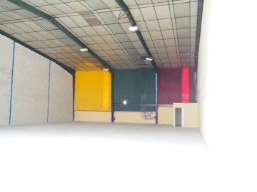 Foto 8 de Nave industrial con excelentes dimensiones y próximo a la carretera nacional en Anoeta, junto a Tolosa.