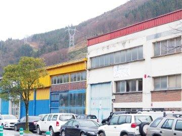 Foto 12 de Nave industrial con excelentes dimensiones y próximo a la carretera nacional en Anoeta, junto a Tolosa.
