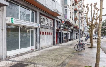 Foto 34 de Local en la zona más comercial de la calle Balleneros del Barrio de Amara, en San Sebastián.