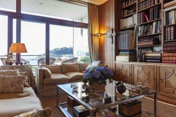Foto 23 de Impresionante piso en Miraconcha con terraza y vistas directas sobre la bahía de San Sebastián.