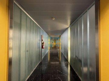 Foto 10 de Edificio Beiza, oficina haciendo esquina con 3 plazas de parking.