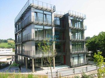 Foto 3 de Edificio de oficinas representativo