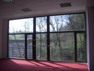 Foto 8 de Edificio de oficinas representativo