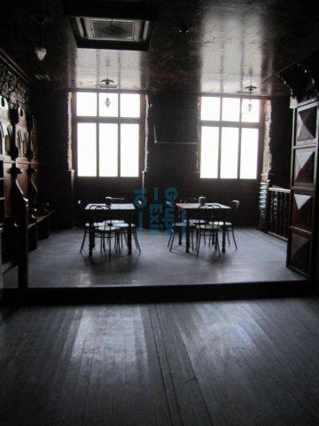 Foto 8 de Local - salida de humos. Ubicación perfecta para hostelería. Bar/Restaurante