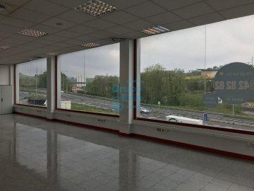 Foto 5 de Local de esquina en primera planta con escaparte de 737m². Acceso vehículos. Divisible