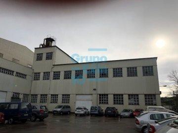 Foto 4 de Local en edificio industrial