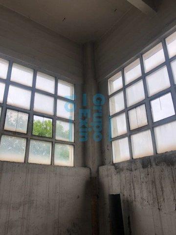 Foto 10 de Local en edificio industrial