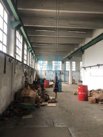 Foto 16 de Local en edificio industrial