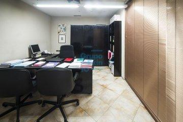 Foto 13 de Local comercial de 147m² acondicionada como oficina a pie de calle.