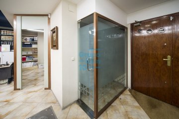 Foto 18 de Local comercial de 147m² acondicionada como oficina a pie de calle.