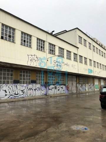Foto 2 de Local en edificio industrial