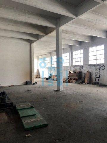 Foto 9 de Local en edificio industrial