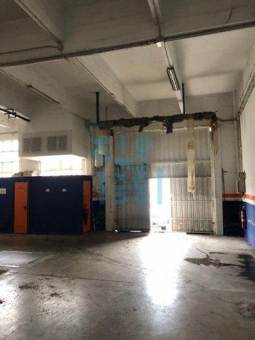 Foto 11 de Local en edificio industrial