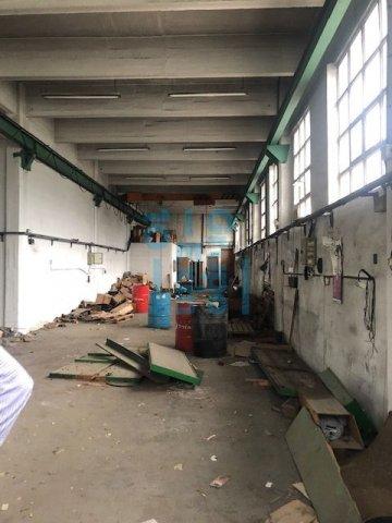 Foto 15 de Local en edificio industrial