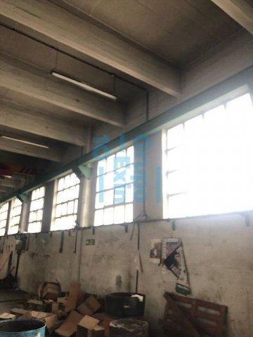 Foto 18 de Local en edificio industrial