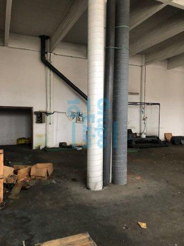 Foto 19 de Local en edificio industrial