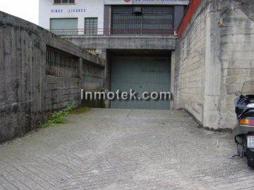 Foto 10 de San Sebastian, zona Herrera, local de 1452 m2 propio super, exposición etc...