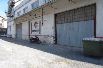 Foto 2 de Nave en Rekalde, grandes dimensiones, amplio parking, buen giro trailer
