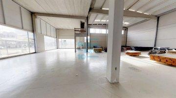 Foto 3 de Nave en venta en Troia, en el Polígono Industrial de Ergobia