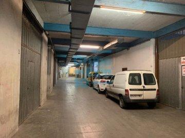 Foto 12 de Nave en sótano del antiguo edificio Bianchi, en c/ Oria, junto a Setalde y Eurolan (Rover)