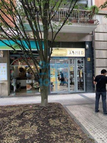 Foto 2 de Local comercial en Sancho el Sabio - BUENA OPORTUNIDAD IDEAL INVERSIONISTAS
