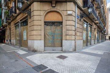 Foto 4 de Local de esquina con mucha visibilidad y amplios escaparates en el centro de la ciudad
