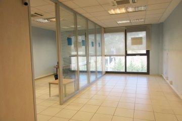 Foto 2 de Oficina en edificio representativo con garaje opcional en el mismo edificio.