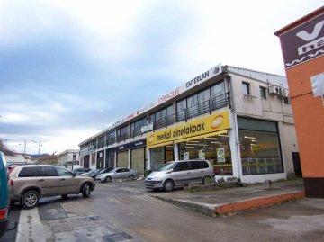 Foto 5 de Gran Oficina en Astigarraga. Totalmente acondicionada, puestos de trabajo completos. Garajes.