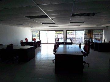 Foto 10 de Gran Oficina en Astigarraga. Totalmente acondicionada, puestos de trabajo completos. Garajes.