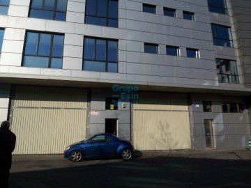 Foto 8 de Antiguo. Zona de Portuetxe, amplio local en funcionamiento. Se ofrece venta en rentabilidad.