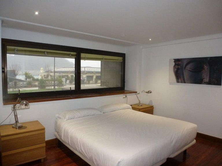 Foto 2 de Bonito piso en lugar privilegiado frente a la Perla