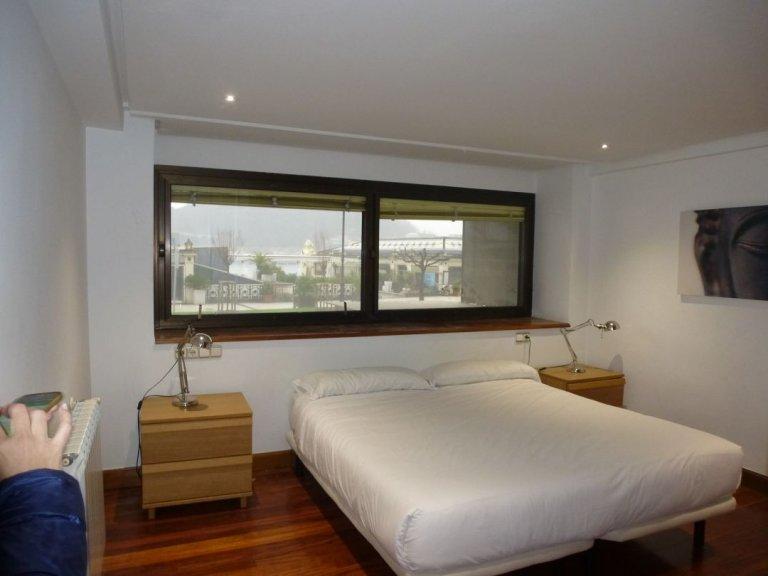 Foto 5 de Bonito piso en lugar privilegiado frente a la Perla