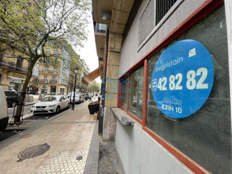 Centro Buen Pastor Local comercial venta y alquiler. Altura techos.