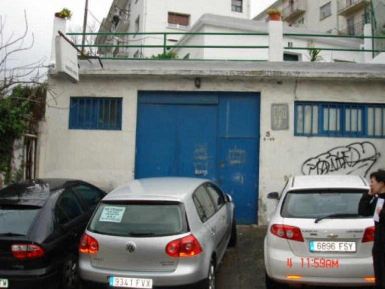 Subida cuesta Aldakoenea, local -garaje-almacén, de 141 m2